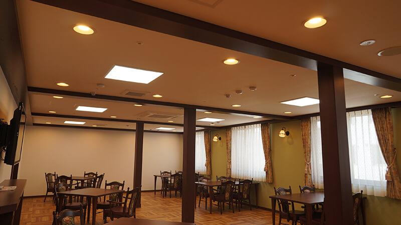 施設内食堂