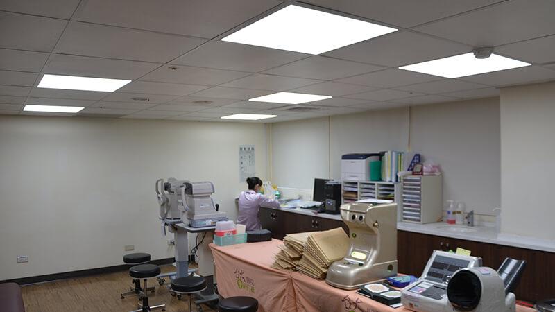 病院 検査室